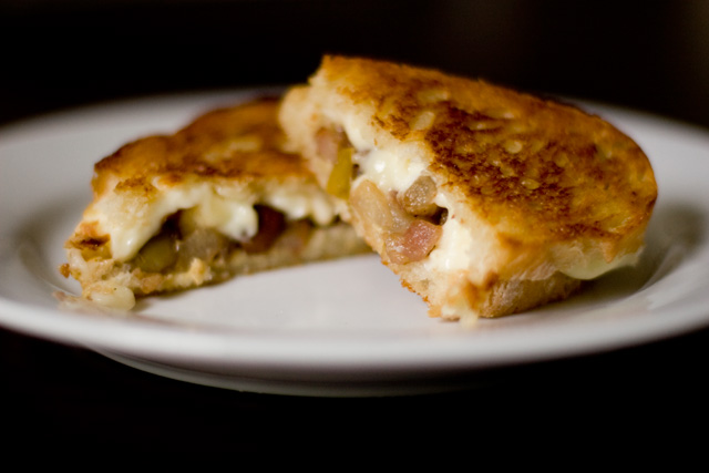 Tasty Pear and Brie Grilled Cheese Sandwich