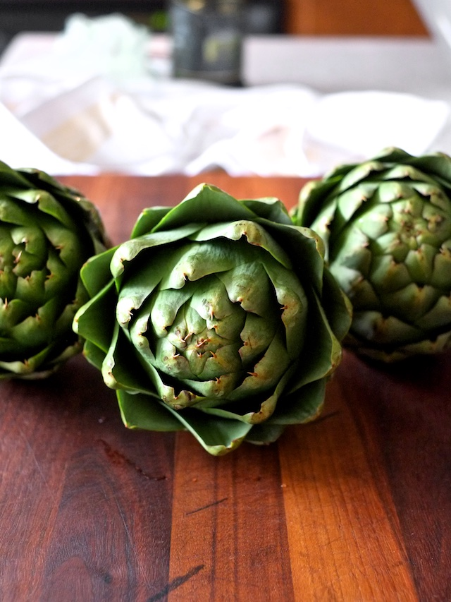 Grilled Artichokes with Lemon Aioli | Sweet Salty Tart